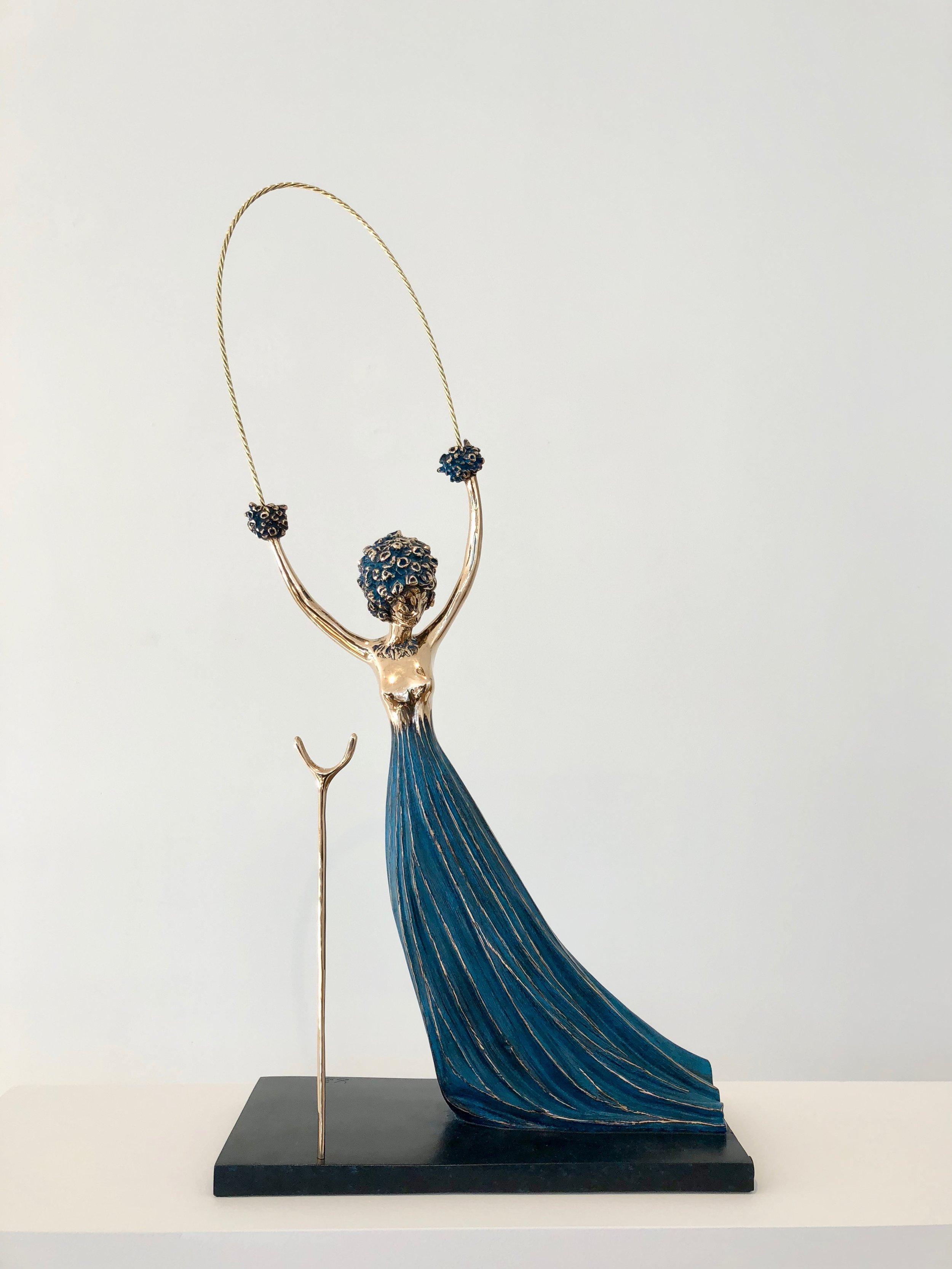 Alice in Wonderland , 1977-1984 Bronze 35 80/127h x 17 91/127w x 7 111/127d inches