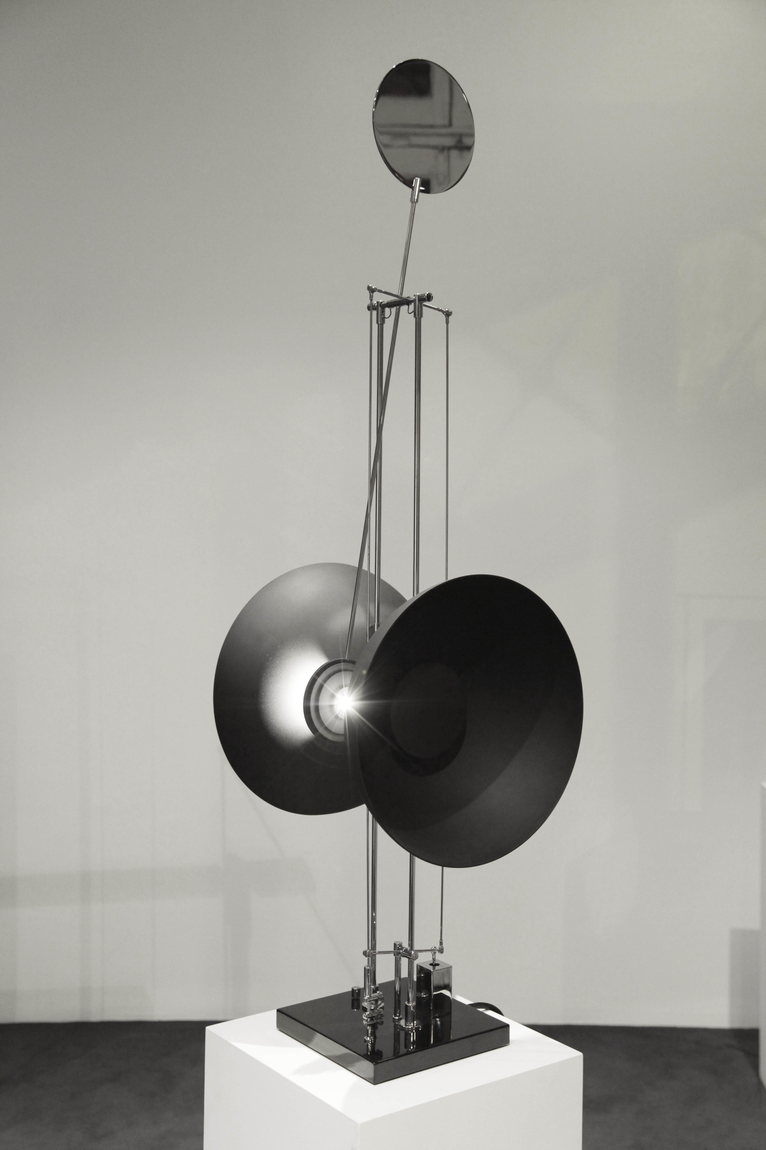 Length Variations Anodized, bead-blasted aluminum, stainless steel, LED light source Stand sculpture 133 x 30 x 30 cm  ed. 3/7