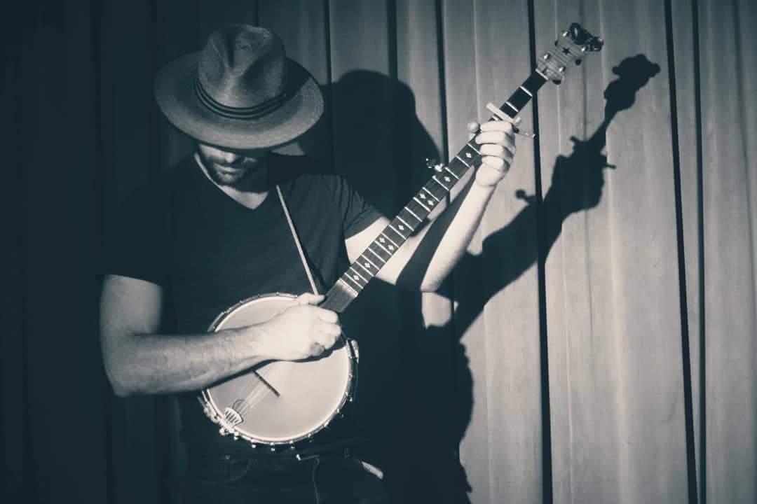 Musician Billy Scribbles