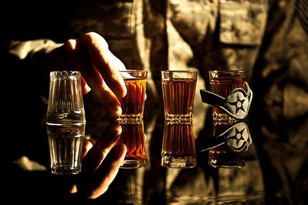soldier-drinking-600x400.jpg