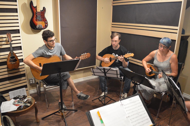 atelier-musique-mandoline-guitare.jpeg