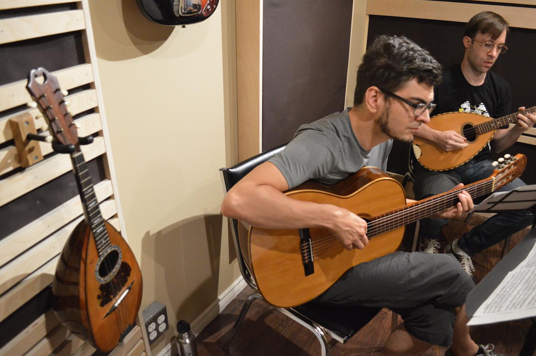 Professeurs de Mandoline & Guitare à Montréal