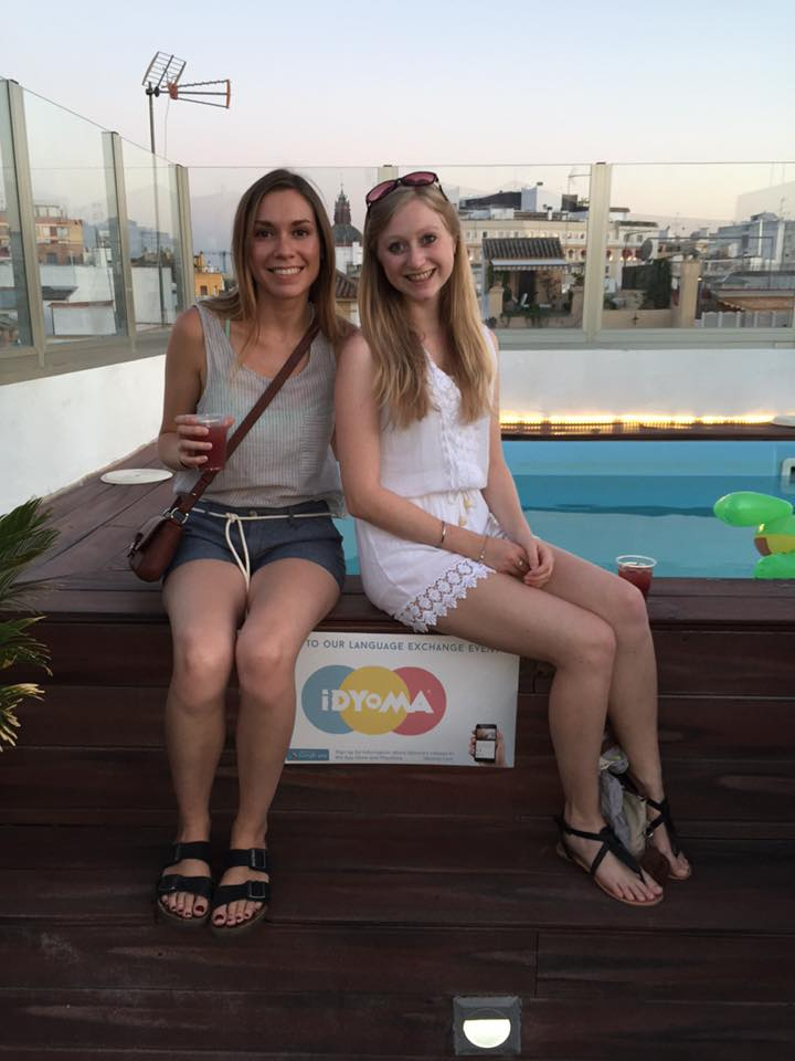 girlsbythepool