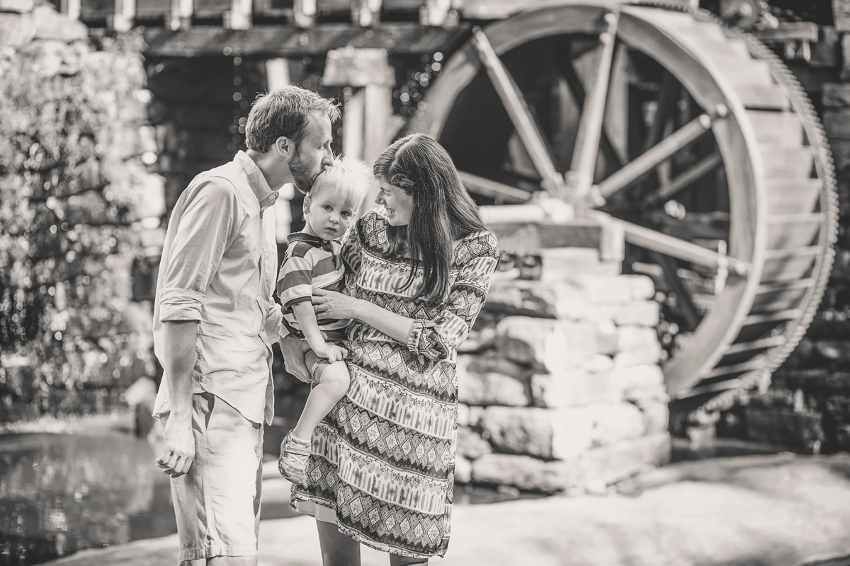 Raleigh_Family_Photographer_18.png