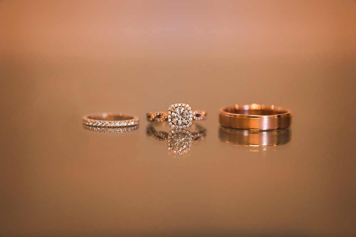 Anyone who knows me knows I am in LOVE with rose gold. Needless to say, my heart skipped a beat when I saw this wedding set and had the chance to photograph it!