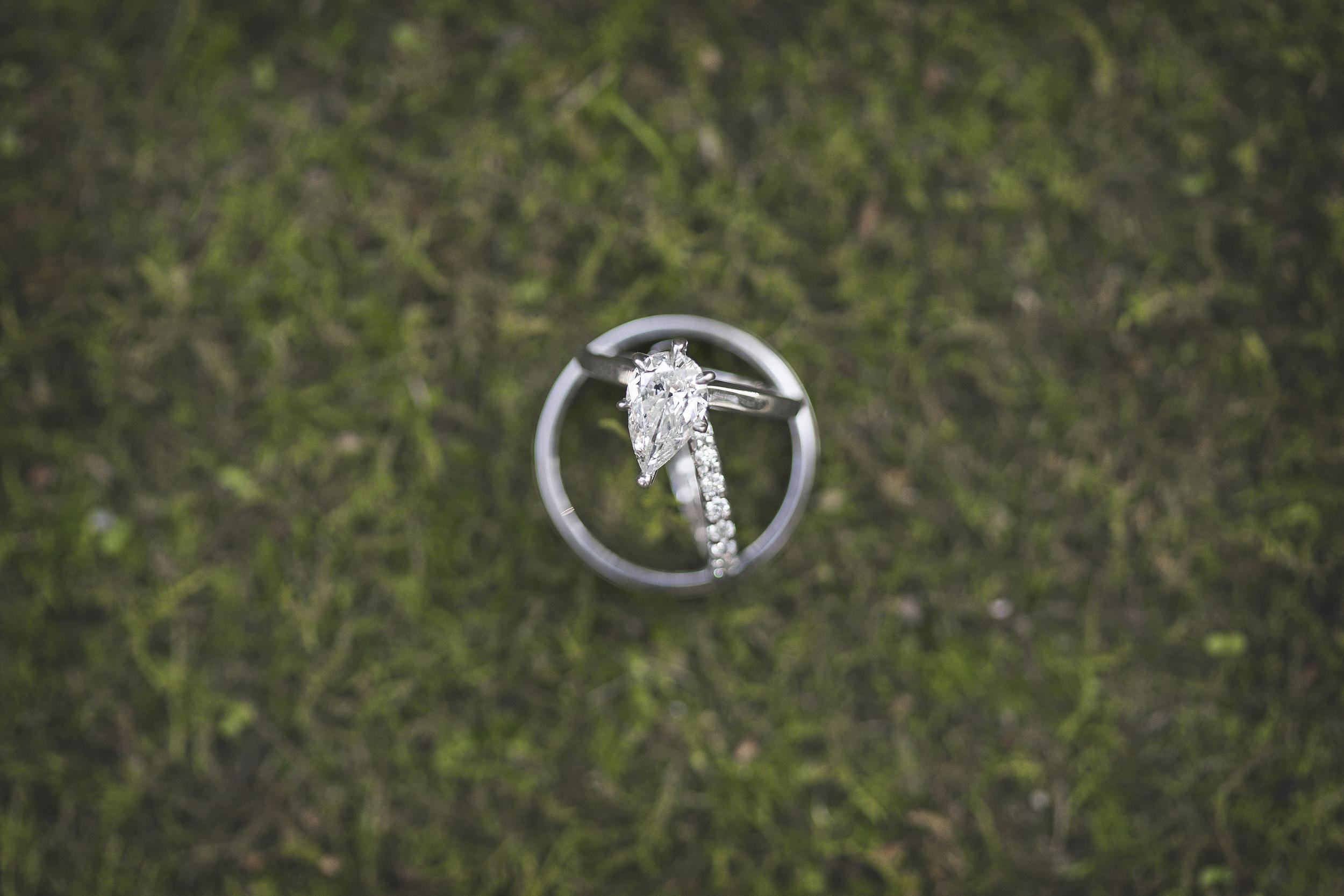 Raleigh Wedding Photographer | Lauryn Alisa Photography | www.laurynalisaphotography.com