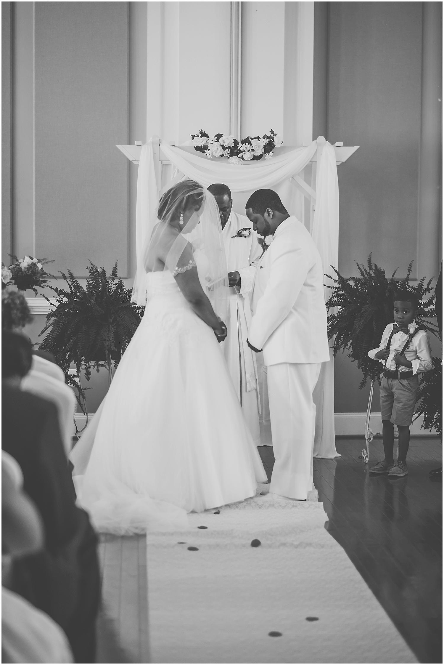 raleigh_wedding_photographer__0212.jpg