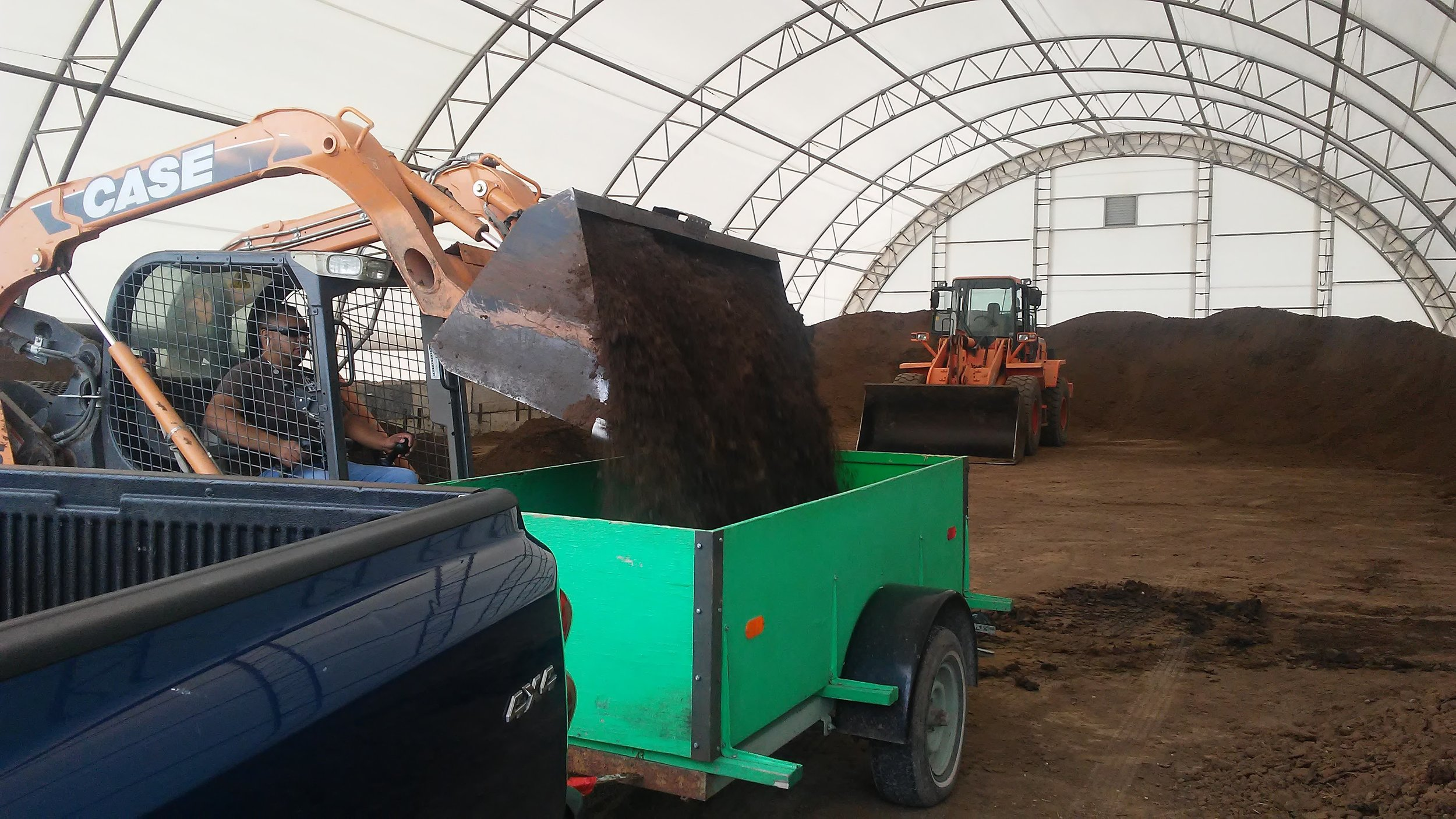 This is some fantastic soil! We would highly recommend Schuette's if you need dirt or compost.