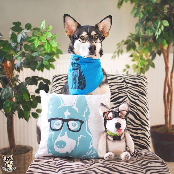 Barkley & Wagz Personalized Linocut Dog Pillow Bandana