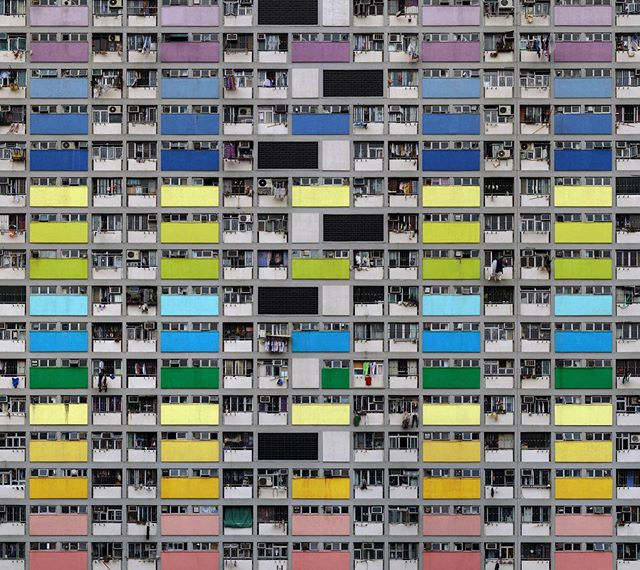 """Architecture of Density #99,"" 2003 📸Michael Wolf, via Blue Lotus Gallery . . . #citylife #urbandesign #density"