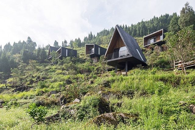 Dream cabins 💚🌿 by ZJJZ, charred timber volumes on a hillside in rural china for 'woodhouse hotel' . . . 📸 laurian ghinitoiu #woodsycabin #cabinfever