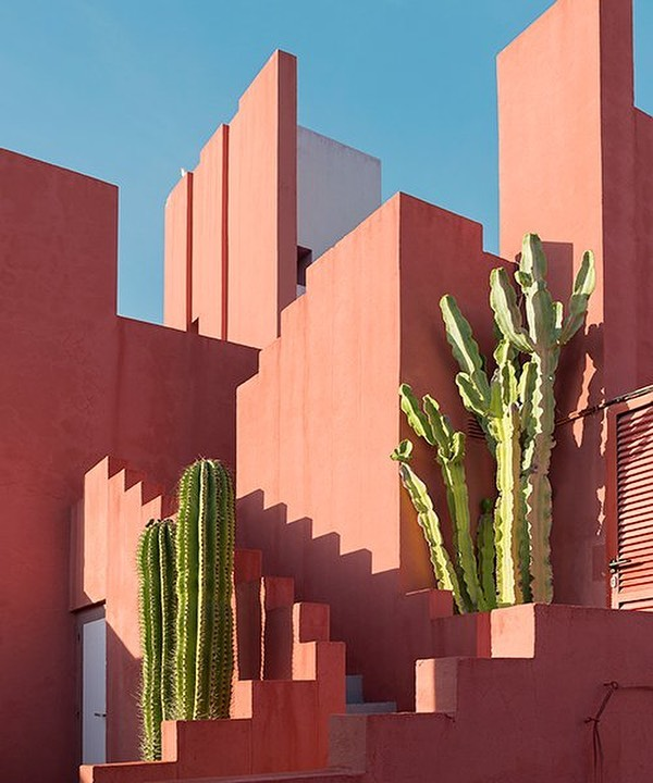 Design crush 🥰 on la muralla roja' in spain - by Architect, Ricardo Bofill .  Discovered @designboom . . 📸 andres gallardo