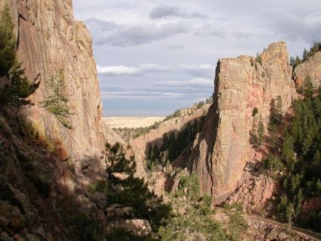 Eldorado Canyon, Colorado. The accident occurred on Redgarden Wall (left).