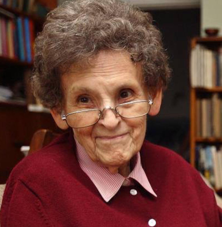 Elizabeth Hawley 1923-2018-1.jpg