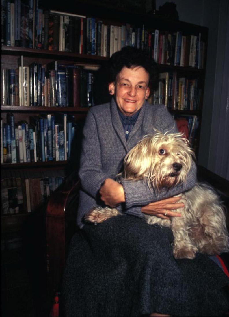 Elizabeth Hawley 1923-2018-2.jpg