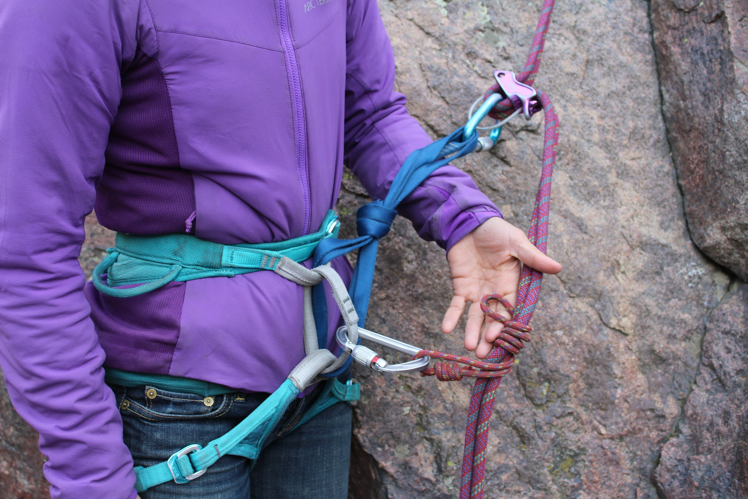 The auto block is tied by enwrapping the brake strand(s) of the rappel, as many times as the material length allows...