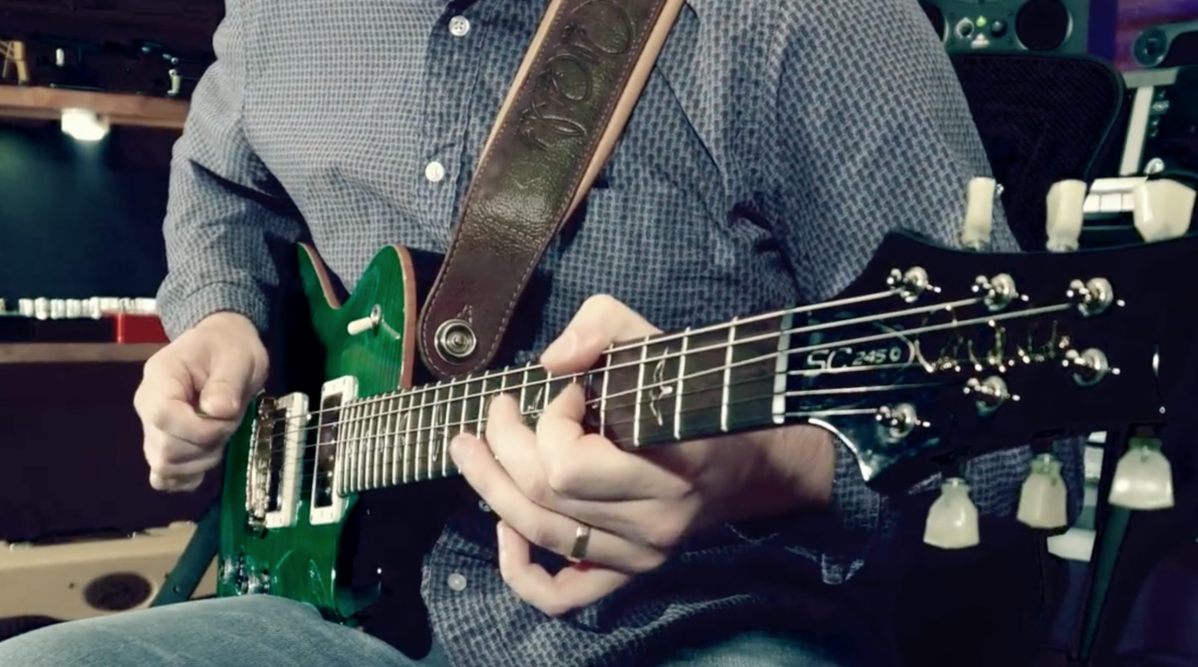 TIPS, TRICKS & TECHNIQUES - Learn and execute techniques like sweep picking, legato, tapping, and more. While these lessons are presented in a specific order, you can feel free to bounce around based on what looks interesting to you. Move at your own pace, and enjoy a new arsenal of skills!