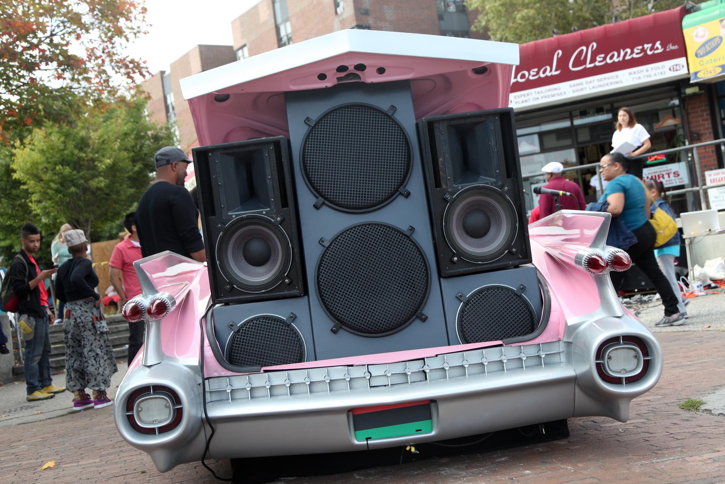 OJBKFM RADIO IN BROOKLYN. IMAGE BY SHULAMIT SEIDLER-FELLER