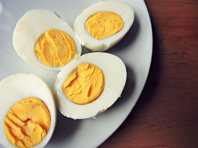 Deviled eggs. Eggs contain choline, a nutrient that can lower homocysteine levels.