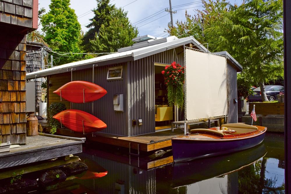 Lake Union Houseboat -