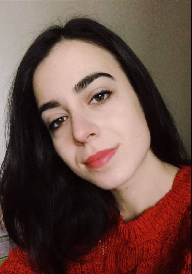 Elena Panaite - content creator