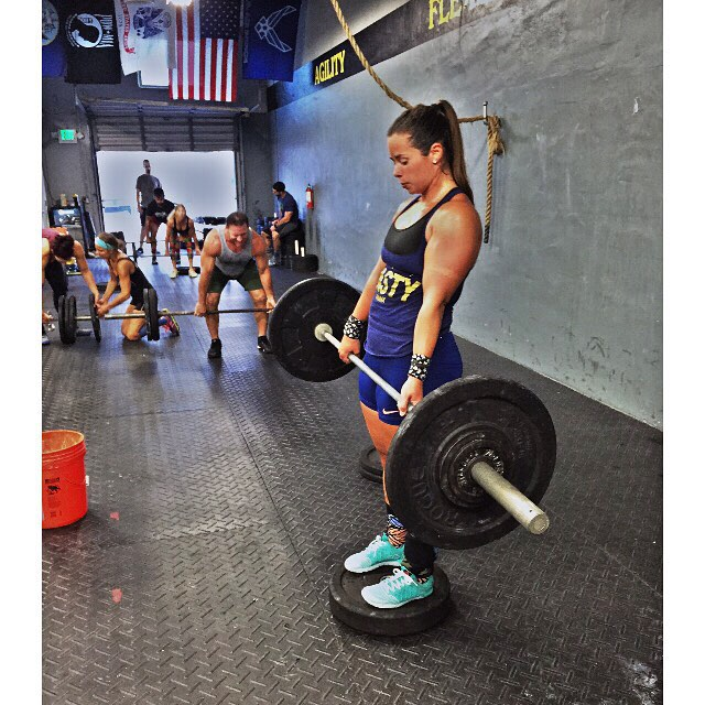 Romanian Deadlift (RDL). ▬▬▬▬▬▬▬▬▬▬▬▬▬▬▬▬▬ Hamstrings are made up of primarily fast twitch muscle fibers which are best trained with higher intensity levels, the RDL is one of the most effective hamstring exercises you can do. ▬▬▬▬▬▬▬▬▬▬▬▬▬▬▬▬▬ Good morning from CrossFit Body & Soul