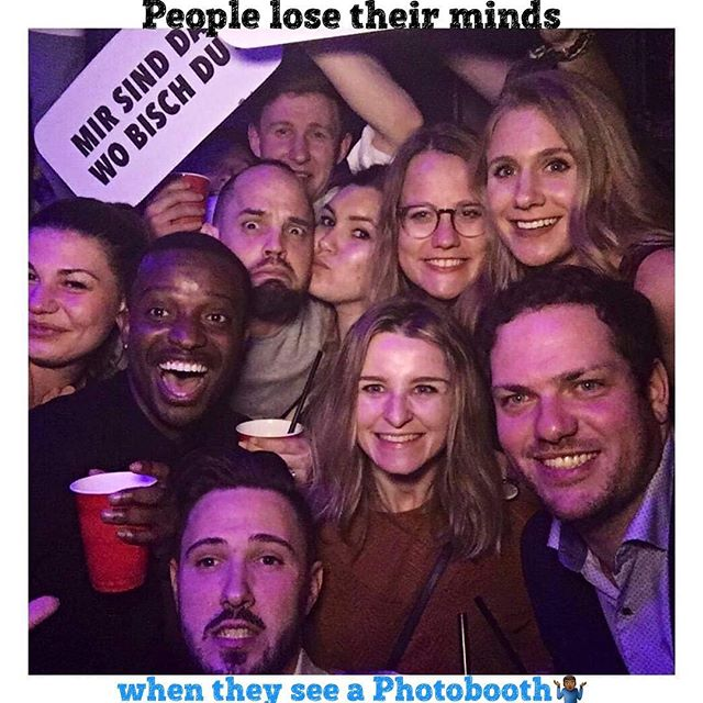 Swipe till the end and please leave a comment/caption for the last picture😂 #goodvibes #goodpeople #photomadness #photobooth