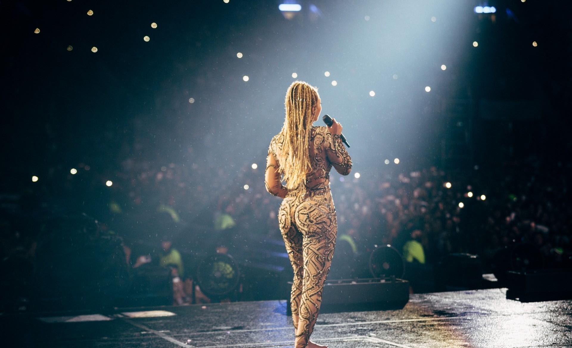 Beyonce_Glasgow_AW_071.jpg