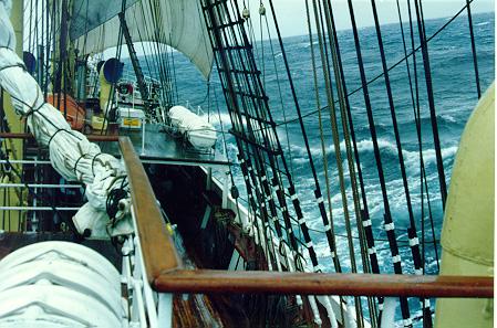 SORLANDET - sailing, she has no engines.