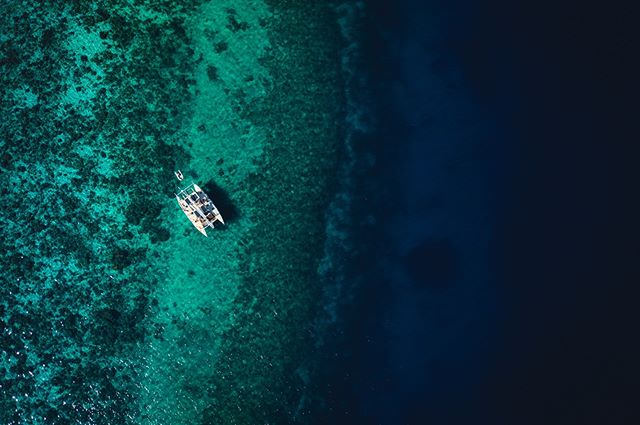 Book now for your adventure of a lifetime. #EarthVoyage this December, sweeping the planet clean across #ThePhilippines seas ⛵️✨ In partnership with @sweep.ph @gakutisland & @danjuganisland 🦋 📷 @jackson.groves