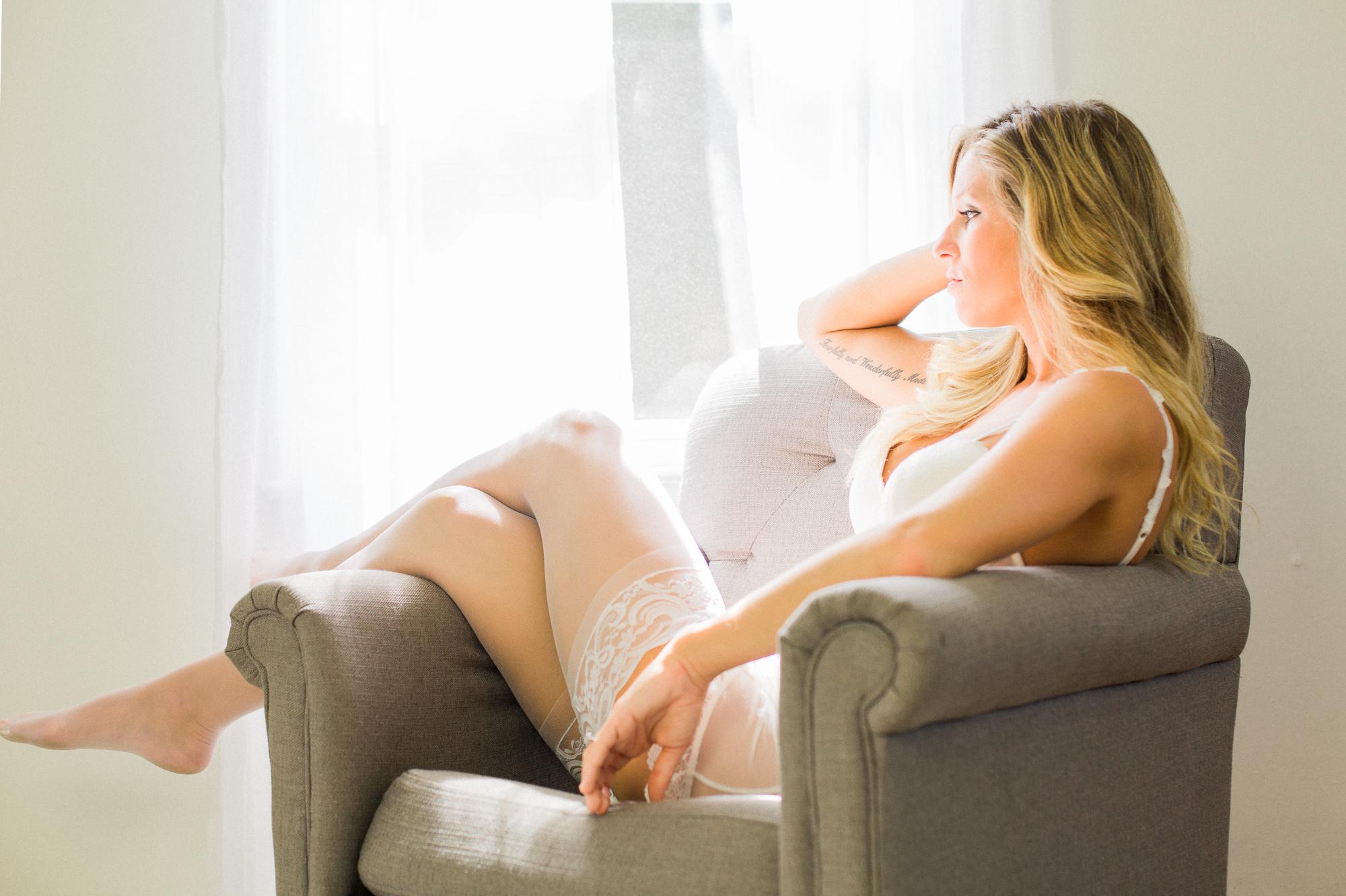 Kaitlyn - boudoir - © Kaitlyn Stoddard Photography-1-2.jpg