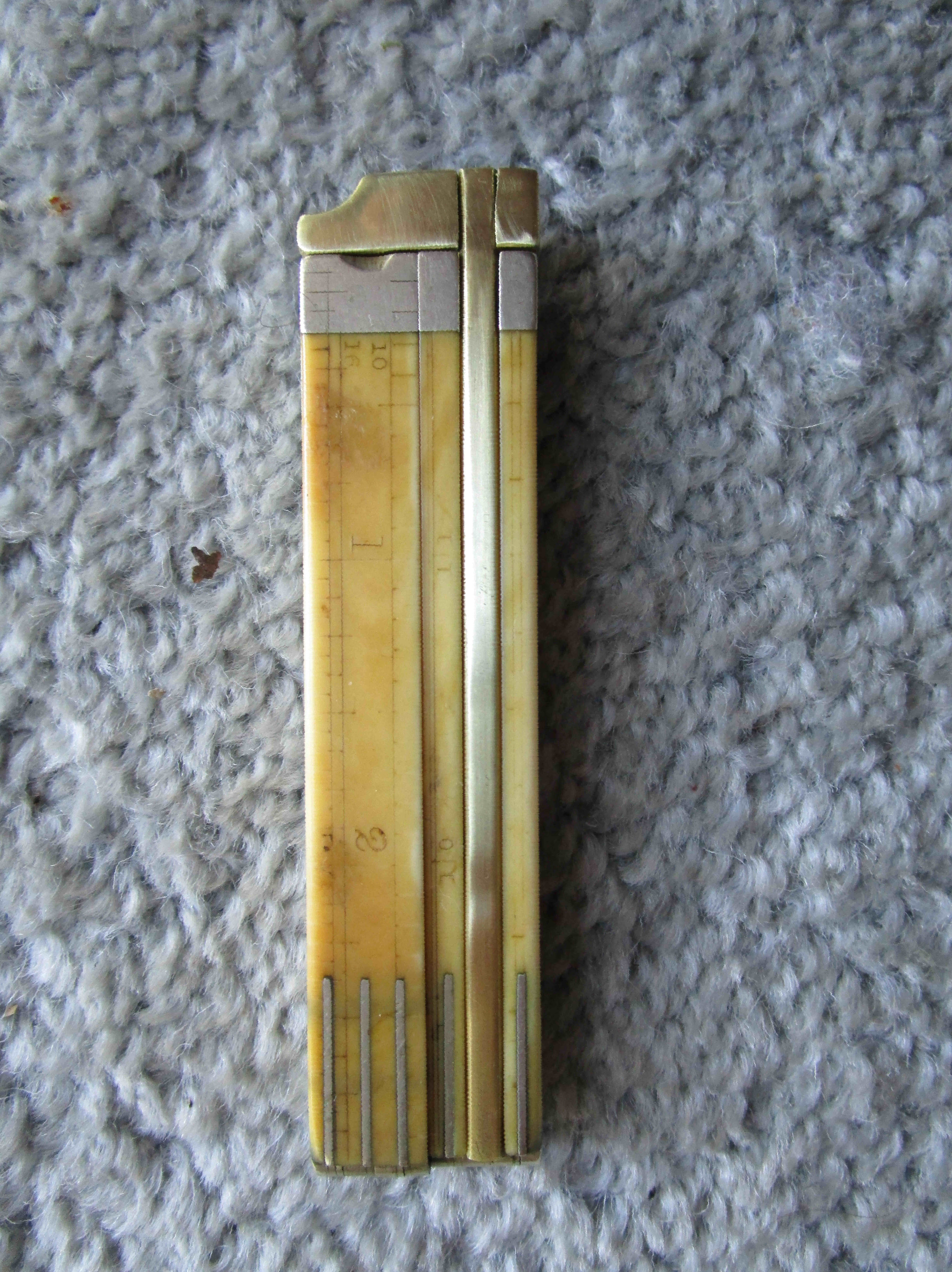 Fabricated dovetail ruler for antique folding ruler