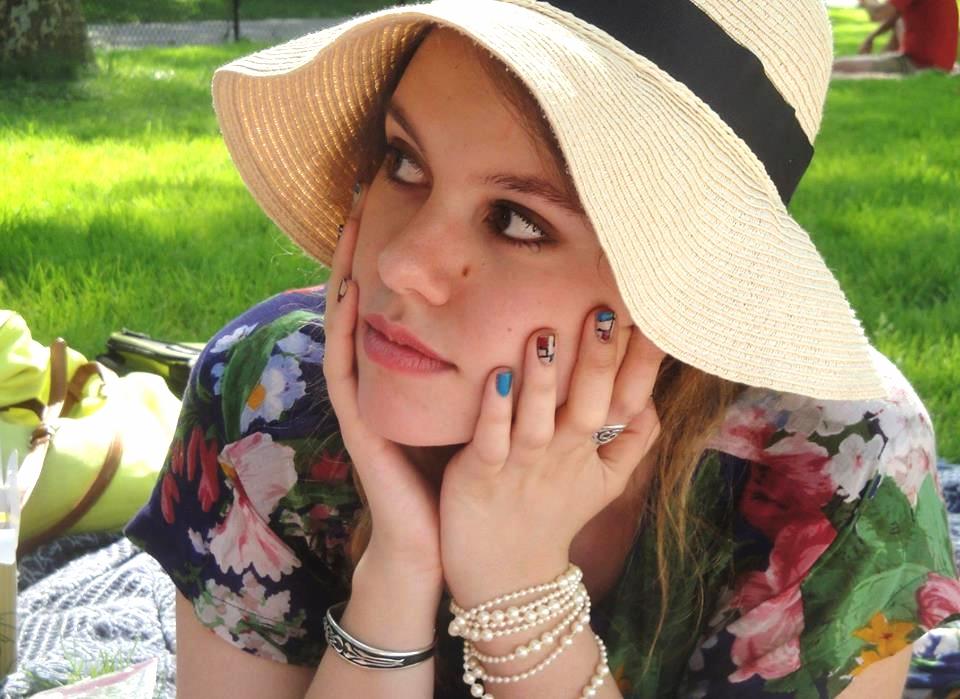 hat profile pic.jpg