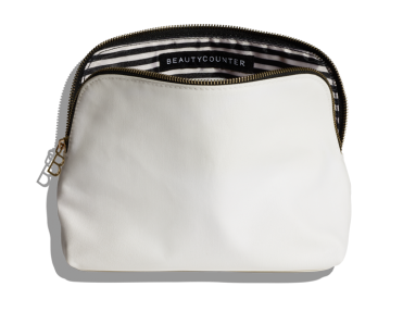 Travel Bag $38 | Shop via: beautycounter.com/tessweaver