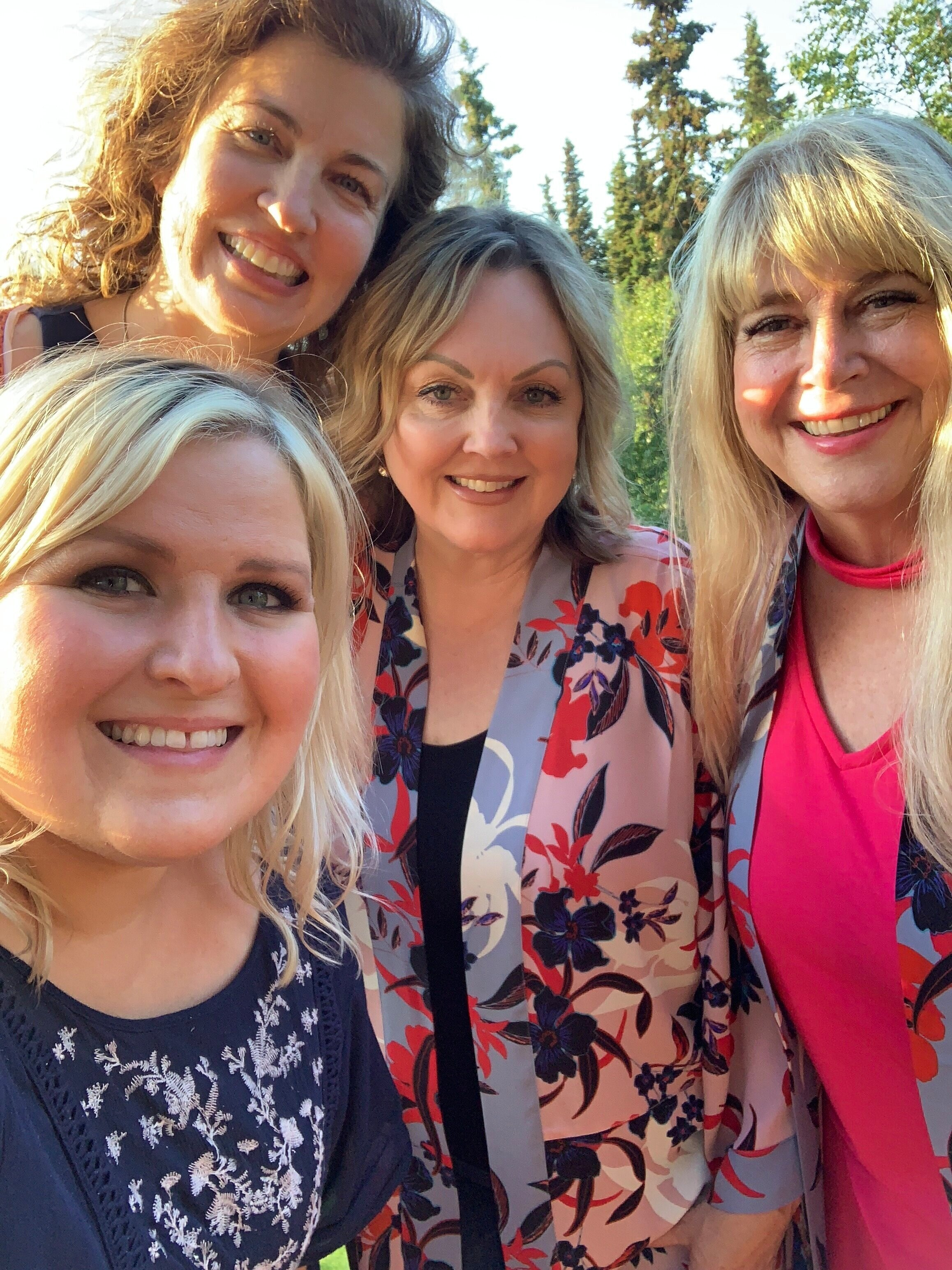 My friend, Debbie Rounds, and some of her squad members: Erica Anderson + Holly day! Different beautycounter teams who come together for events because everyone wins with beautycounter!