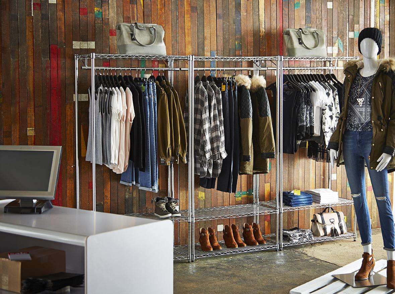 Pop-up shop set on location