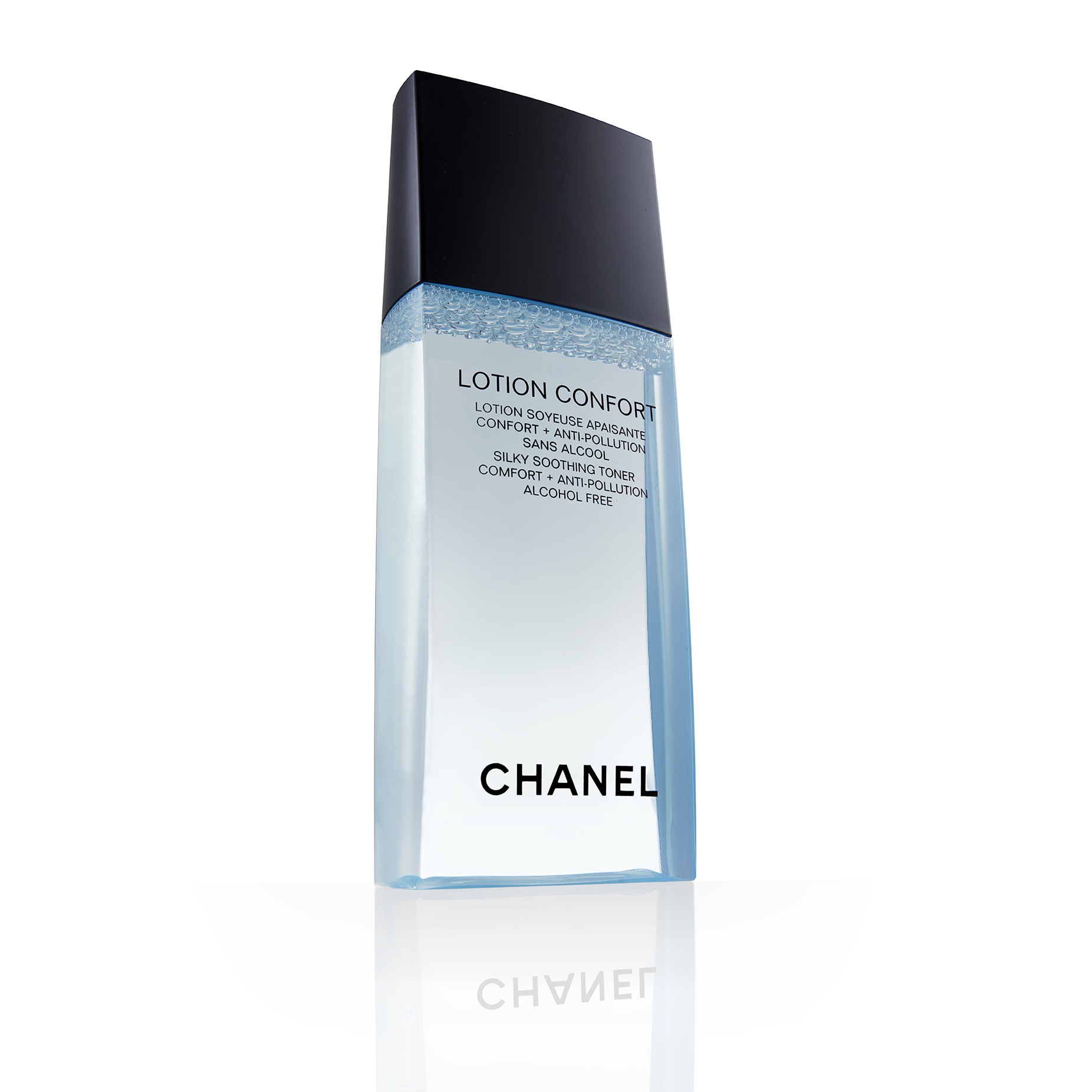 chanel packshot photography clipping path cut out product photography studio lighting professional white background cosmetics.jpg