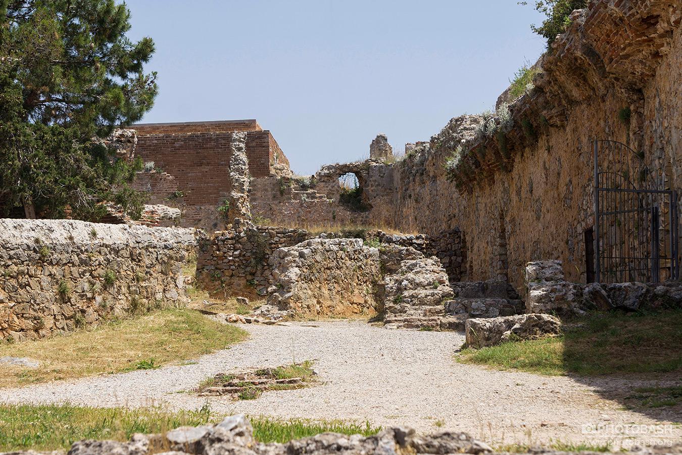 Alanya-Ruins-Desert-Rubble.jpg