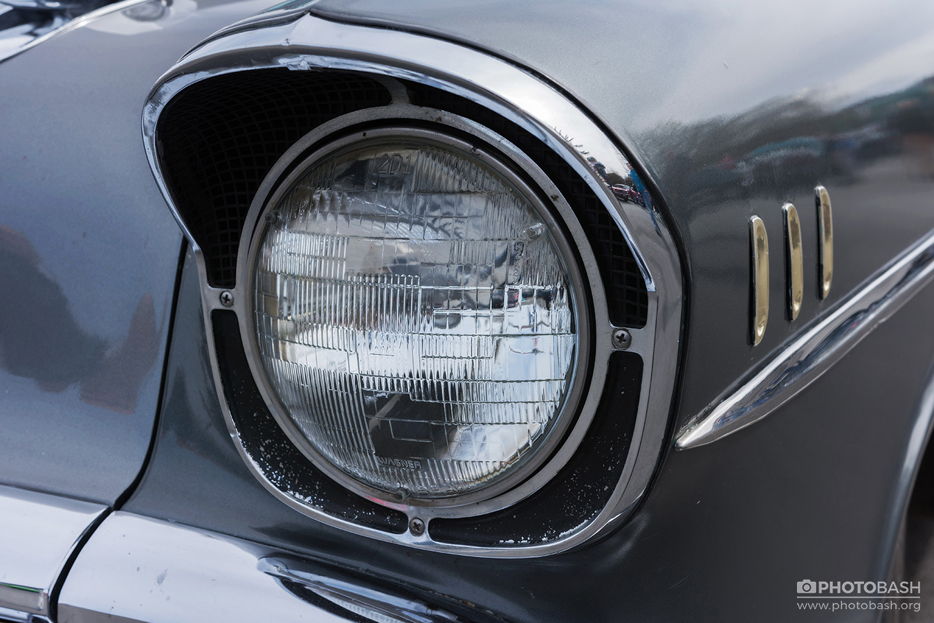 Collector-Cars-Vehicles-Headlight.jpg