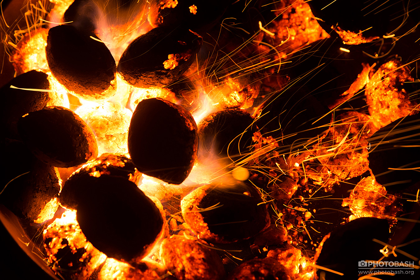 Fire-Flames-Glowing-Lava-Coals.jpg