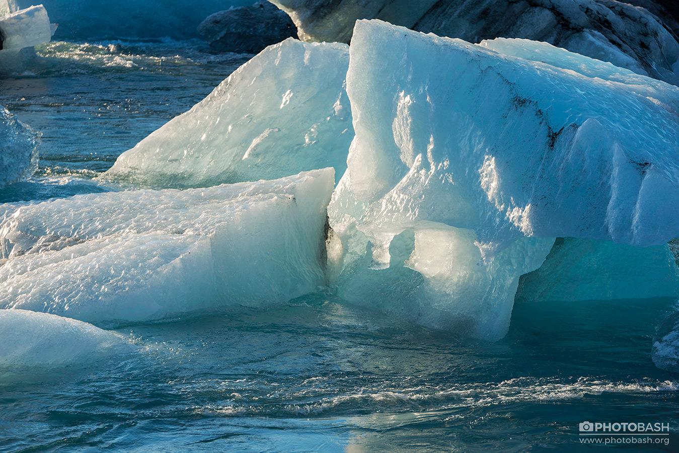 Ice-Lagoon-Arctic-Frozen-Lake.jpg