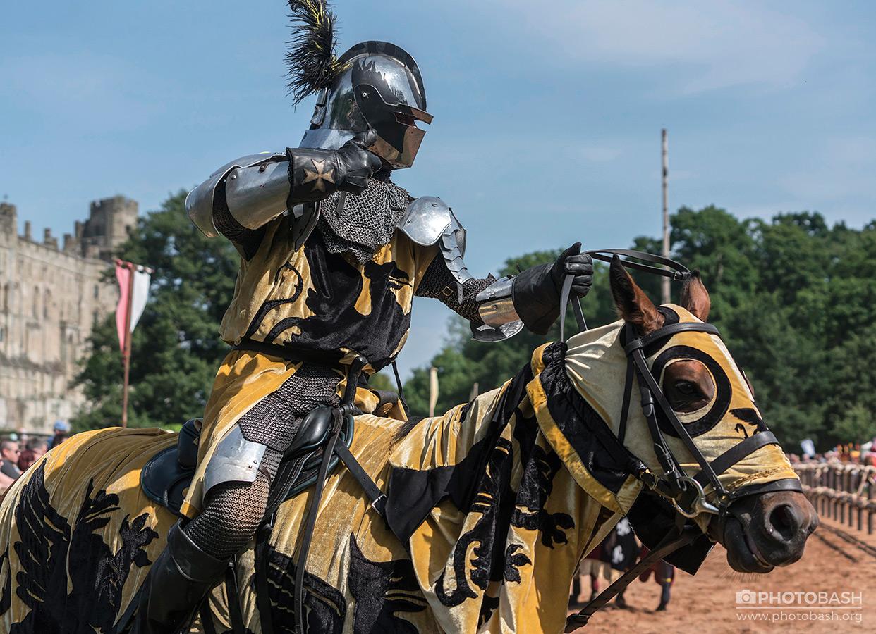 Jousting-Knights-Horse-Armor.jpg