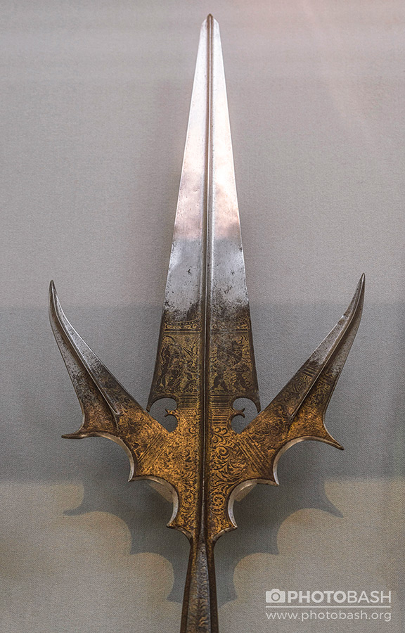 Medieval-Weapons-Ornate-Trident-Spear.jpg