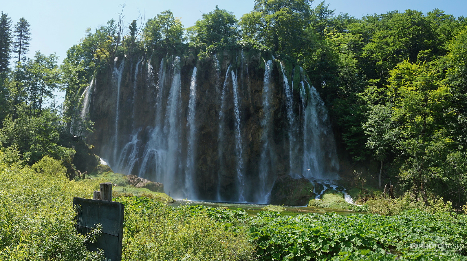 Plitvice-Waterfalls-Lush-Green.jpg