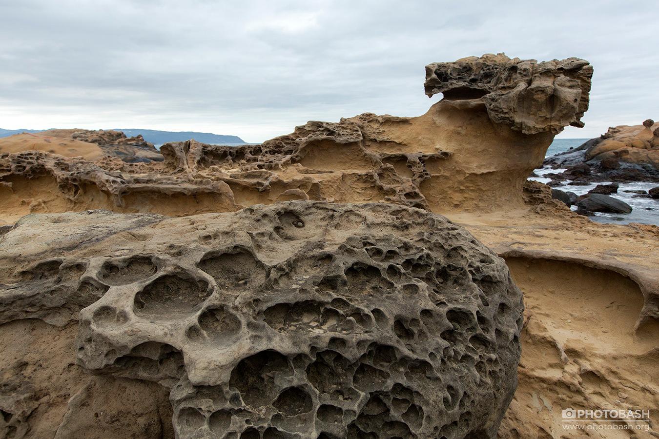Porous-Rocks-Alien-Desert-Canyon.jpg