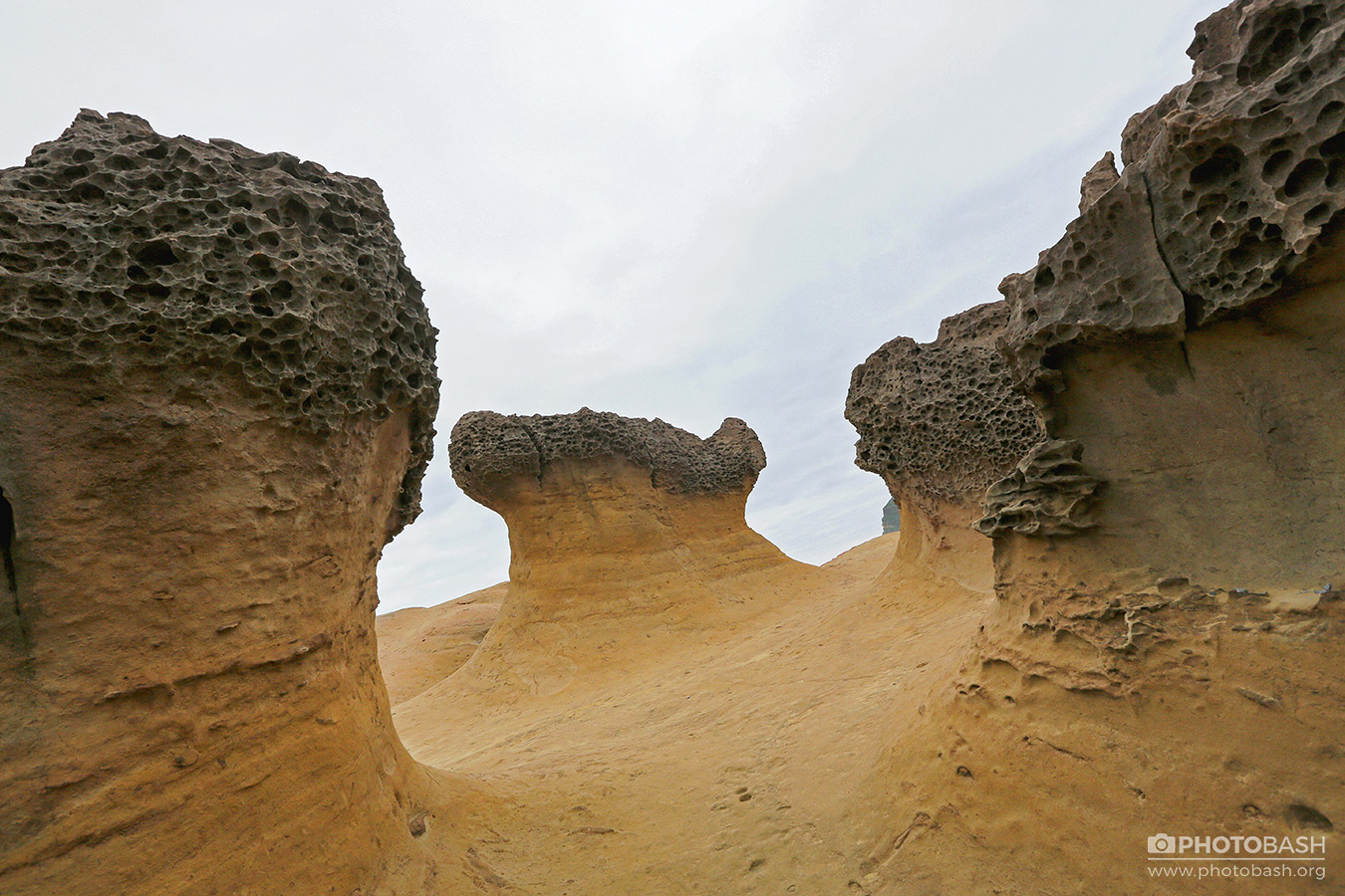 Porous-Rocks-Weird-Formations.jpg