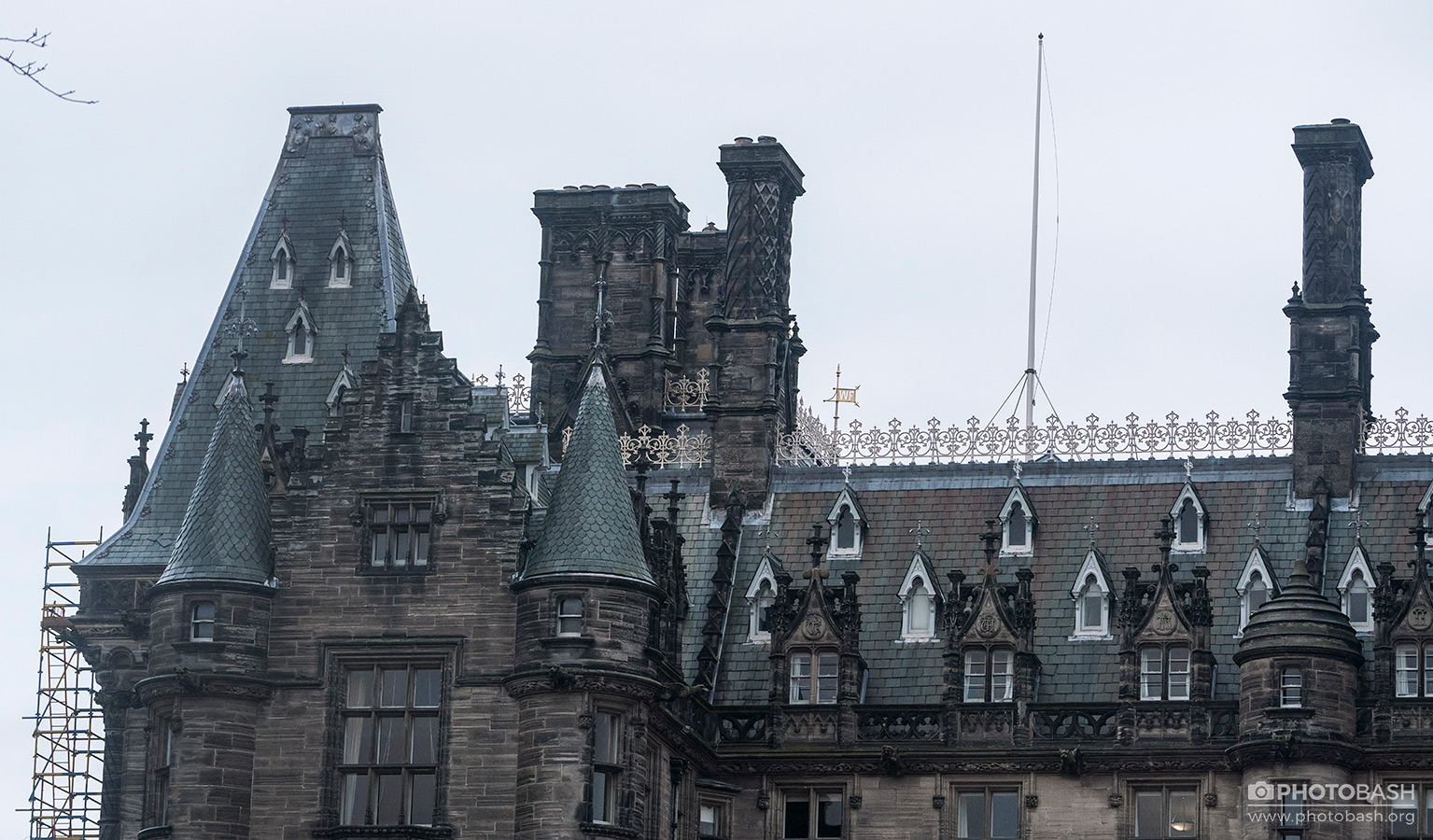 Scotland-Gothic-Dark-Fantast-Roof.jpg