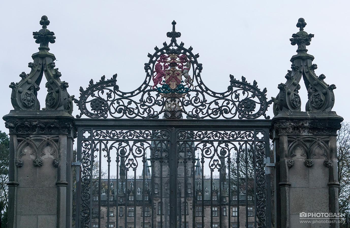 Scotland-Gothic-Iron-Gate-Hogwarts.jpg