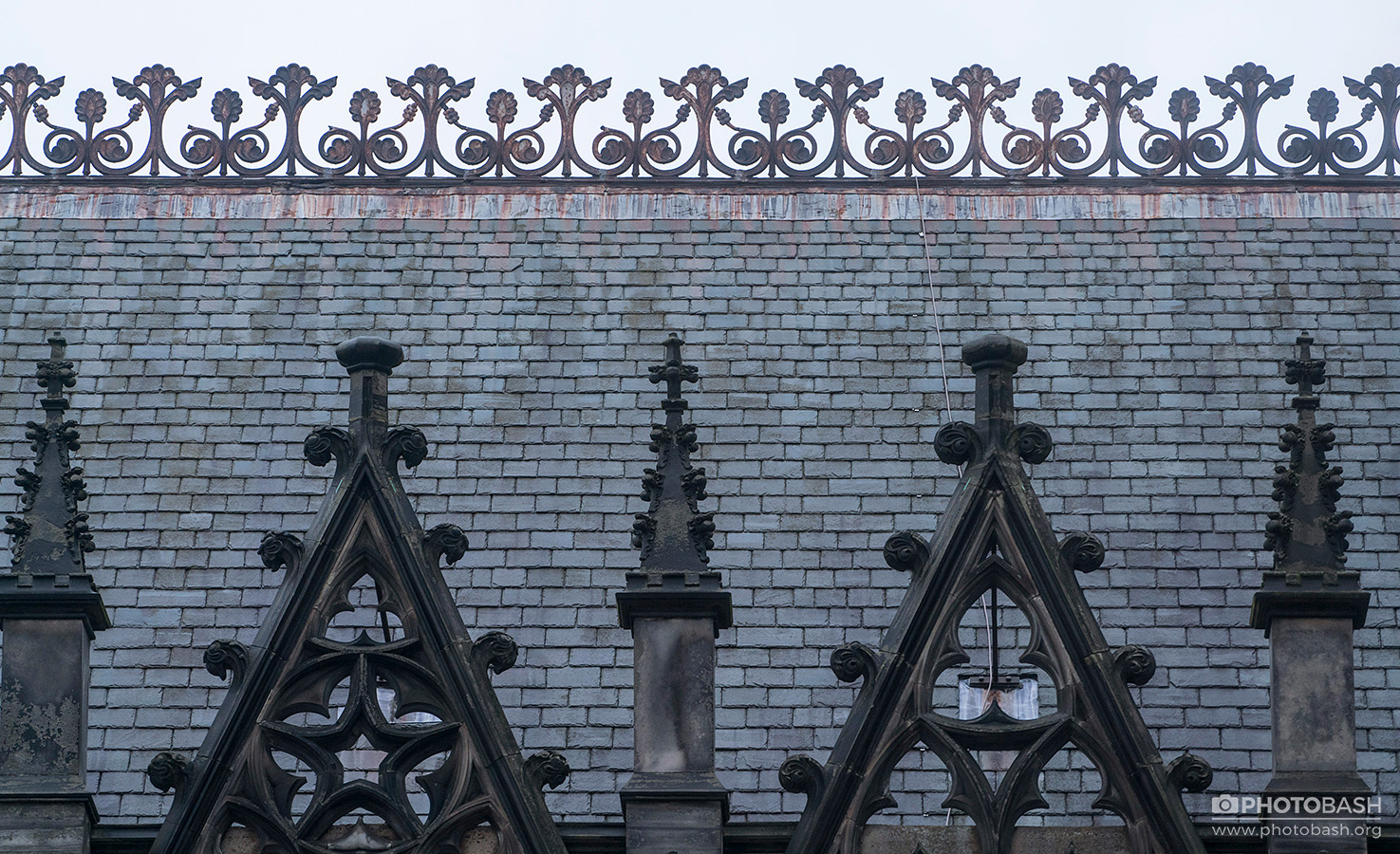 Scotland-Gothic-Rooftop-Metal--Ornaments.jpg