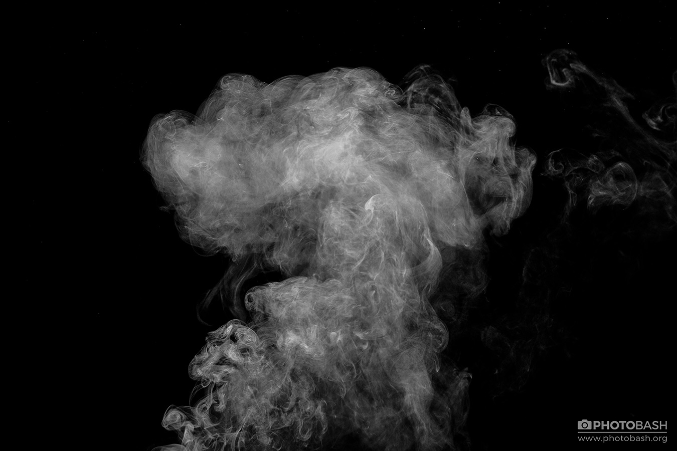 Smoke-Cigarette-Plume-Black.jpg